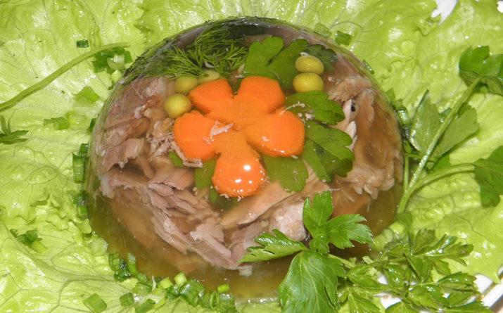 Рецепт холодца из свиных ножек и рульки