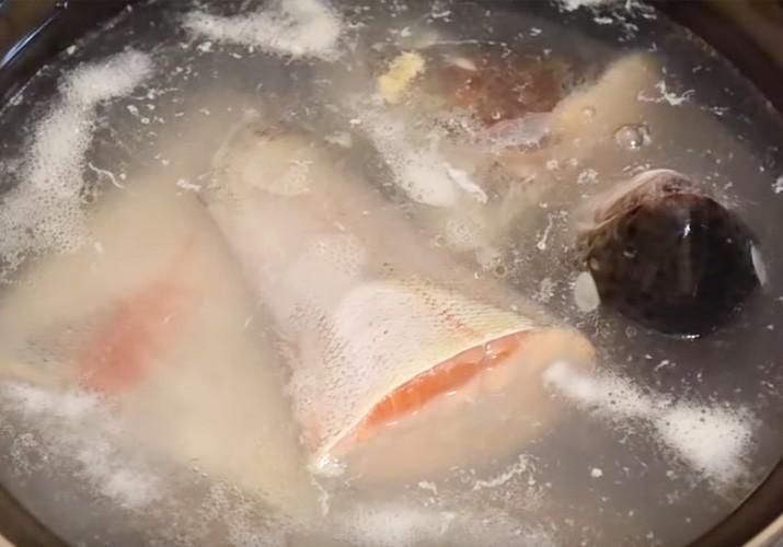 uha-iz-krasnoj-ryby
