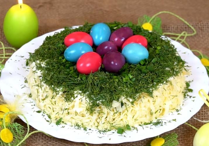 салат на пасху с сельдью