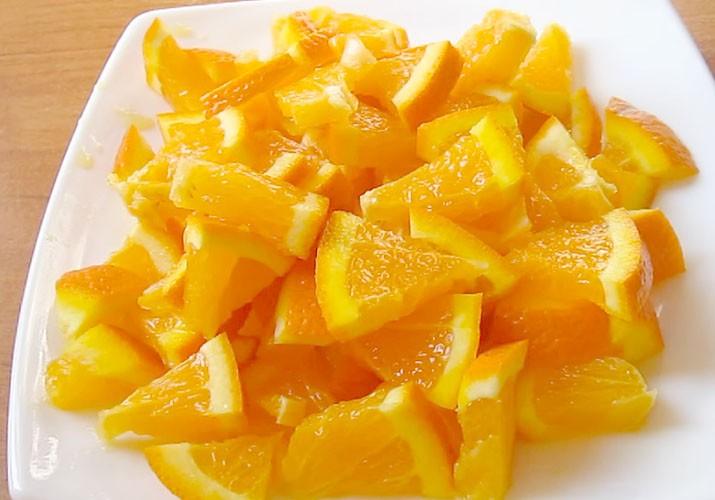 нарезанный апельсин