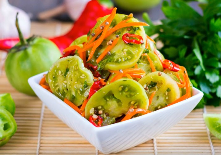 зеленые помидоры маринованные по-корейски