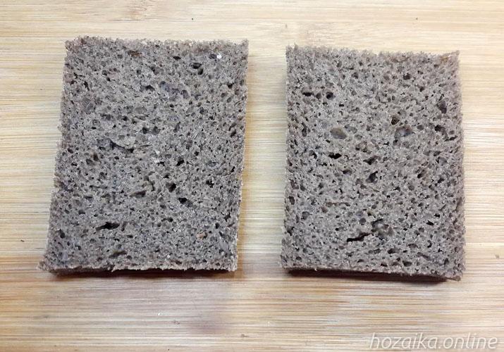 ломти черного хлеба