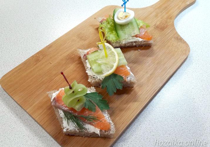 закусочные бутерброды с красной рыбой для праздничного стола