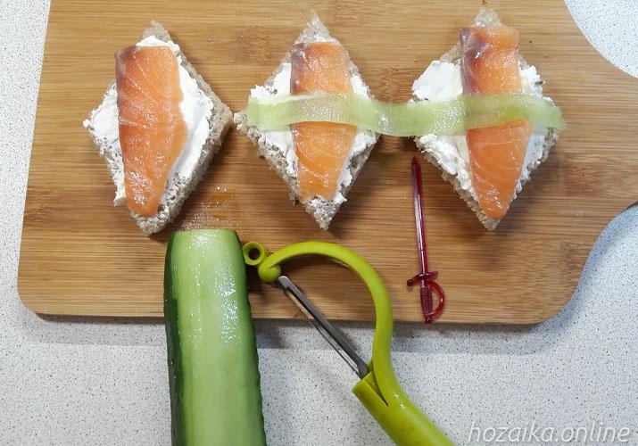 приспособление для чистки овощей