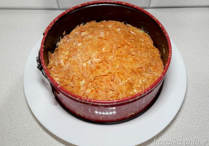 морковный слой с майонезом