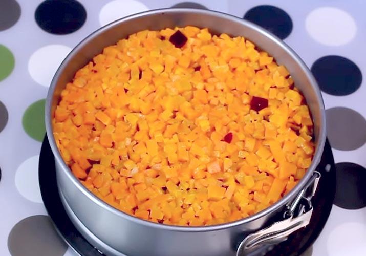 слой моркови на свекле кубиками