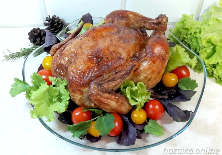 праздничная курица в духовке целиком