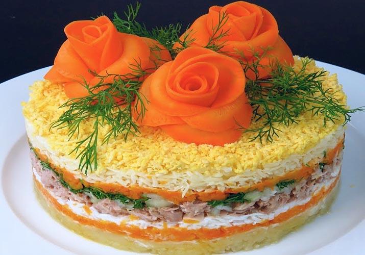 салат мимоза с розами