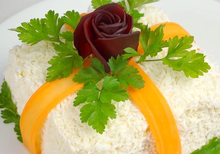 готовый салат Подарок