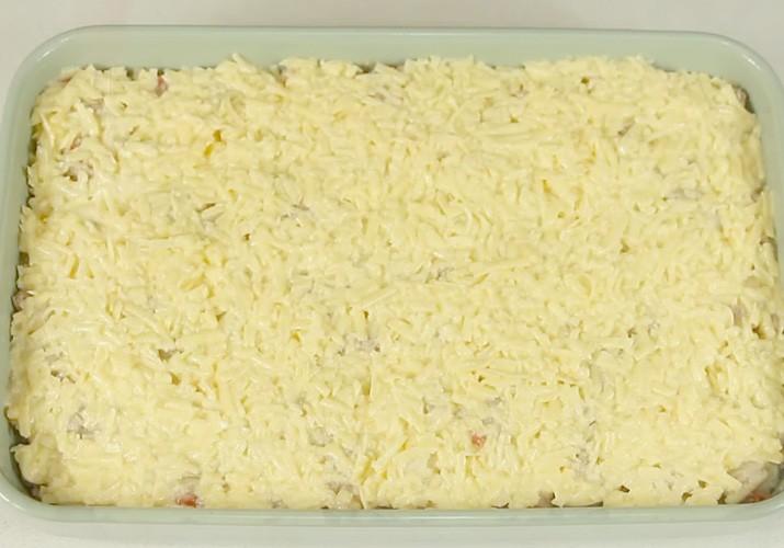 слой сыра для запеканки из цветной капусты с фаршем