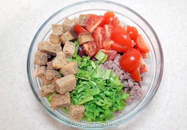 составляющие салата с говядиной и фасолью